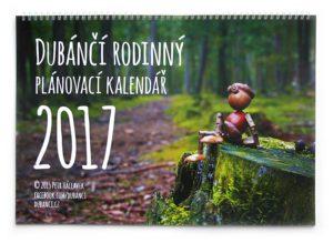 Nástěnný rodinný plánovací kalendář s dubánky 2017